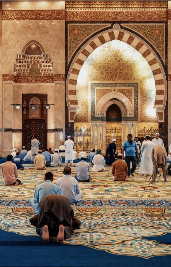 One+important+focus+of+Ramadan+is+ensuring+that+all+five+daily+prayers+have+been+performed.+Some+people+choose+to+pray%0Aat+the+local+mosque+and+others+do+them+at+home+with+their+families.+Taraweeh+%28ta-ra-wee%29%2C+which+means+%E2%80%9Cto+rest+or+relax%E2%80%9D+in+Arabic%2C+is+a+special+prayer+performed+every+night+during+Ramadan+after+the+five+main+prayers.+Photo+courtesy+of+Rumman+Amin+on+Unsplash.%0A